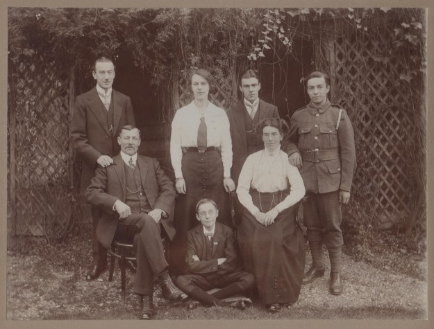 Clothier family, c. 1915