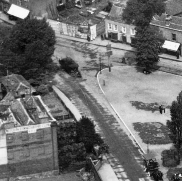 1921 aerial photo shows Durham House bottom left
