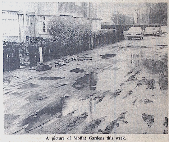 19700116 Moffat Gardens state of road